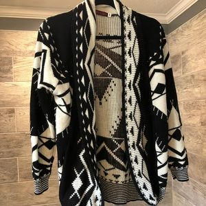 Sweaters - Tribal print cardigan sweater